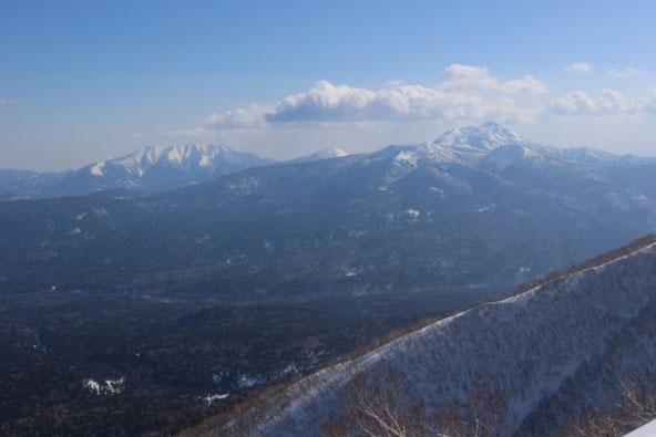 ニペソツ山とウペペサンケ山