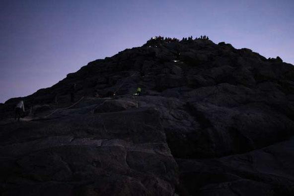 キナバル山頂
