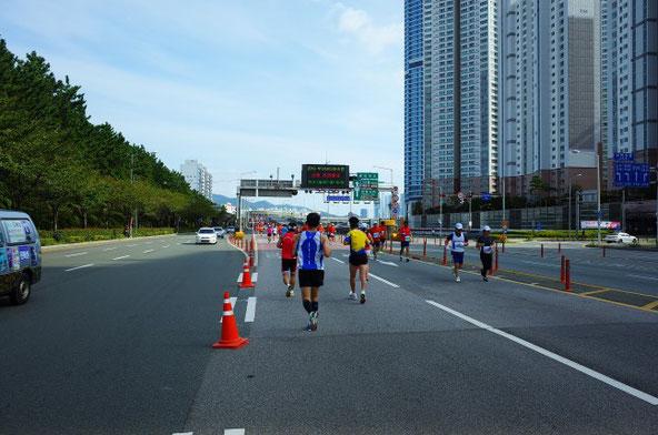 2019釜山海マラソン折り返し地点