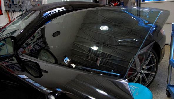 Scheiben tönen vorne beim Mercedes GTS AMG - Showfahrzeug
