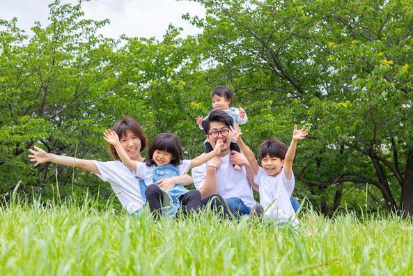 家族写真 大島小松川公園 出張撮影 女性カメラマン こども 料金格安