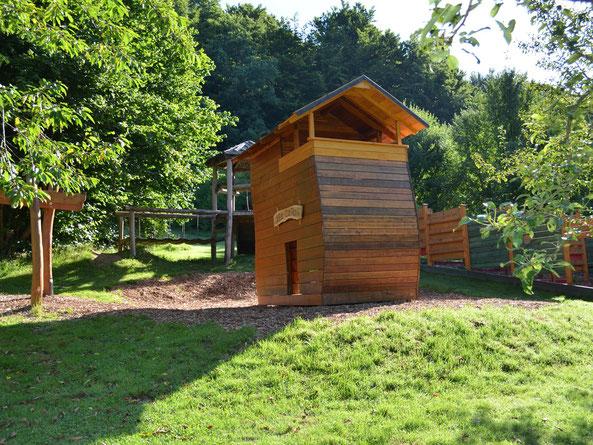 Spielplatz ErlebnisWald, Bild: Baumhaushotel Solling.