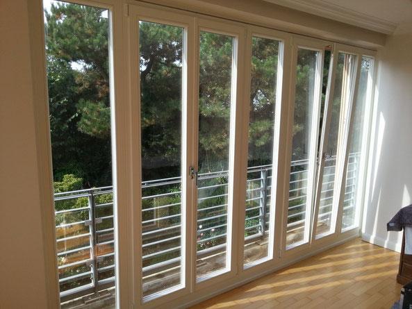 8-tlg. Fensterelemet in bewohnter Wohnung erneuert,- morgens eingebaut, nachmittags fertig und Baustelle sauber hinterlassen!
