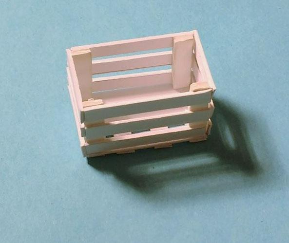Kisten fürs Puppenhaus selber basteln