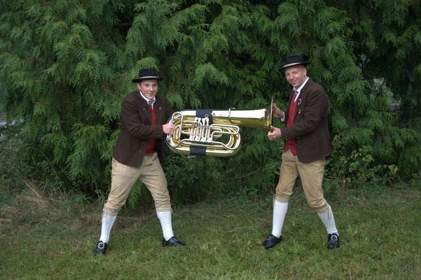 Tuba: Kevin Beirgrößlein, Arno Kotschenreuther