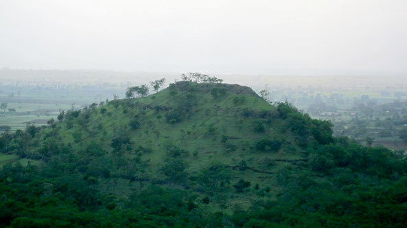2018 - Robert Ahren's photo of Seclusion Hill, as seen from the summit of nearby Khandoba Hill