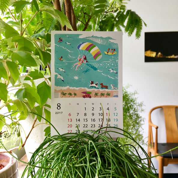 手前のインテリアグリーンは、わたしがもじゃ子と呼んでいる「リプサリス・カスッサ」。水やりは2~3週間に一度でとってもラクなお付き合いです♪