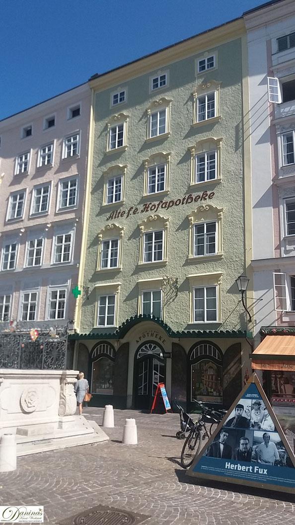 Alte fürsterzbischöfliche Hofapotheke am Salzburger Alten Markt