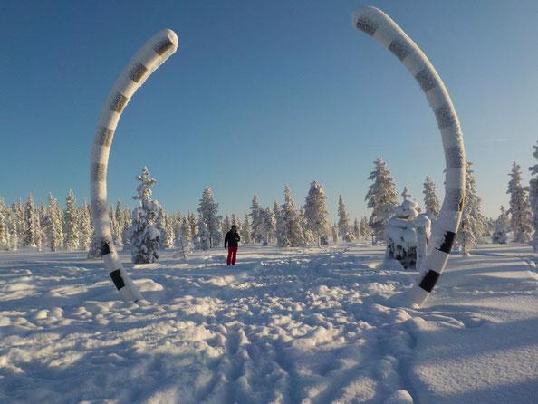Foto: Volker Voß - Da ist er, der Polarkreis :-)