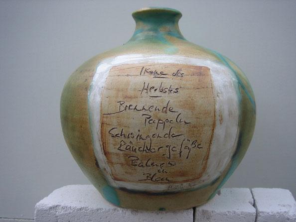 Keramikvase mit Schriftzug