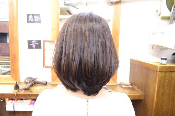 内巻きパーマ-ミディアム