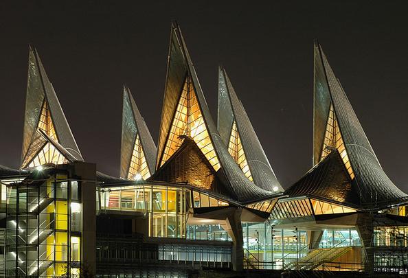 Gerichtshof Antwerpen [Foto: Finnforest Merk GmbH]