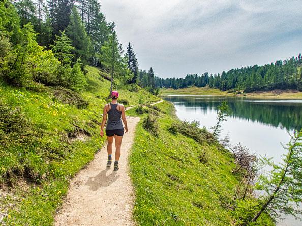 6-Seen-Wanderung im Salzkammergut - dem größten Seenhochplateau in Mitteleuropa. Hier zu sehen - der Großsee.