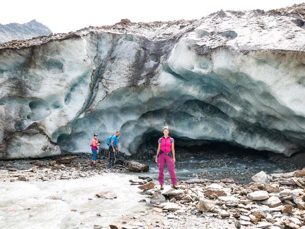 Fotostop vor dem Gletschertor