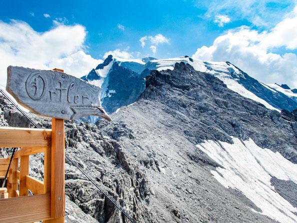 Bereits von der Payerhütte aus hat man einen fantastischen Blick auf den Ortler.
