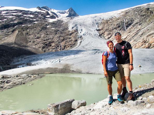 Am Fuße des Gletschers - was für ein Wunder der Natur.
