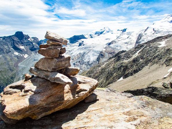 Auf der ganzen Tour hat man ständig diesen wahnsinns schönen Blick auf die Gletscher.