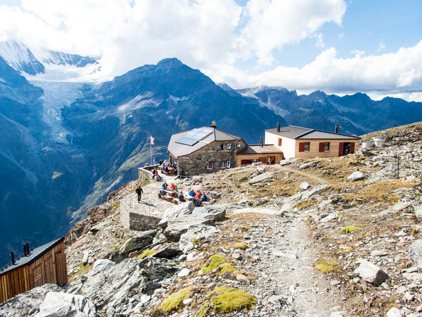 Eine sehr empfehlenswerte Hütte - die Domhütte