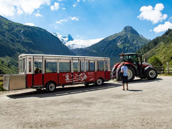 Mit dem Gschlösser-Panoramazug spart man sich einige Meter und hat trotzdem alles im Blick.