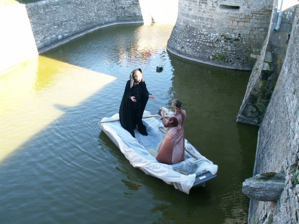 """""""The twelve works of Hercules"""" - Chateau Saveilles - Saveille - Group Castle Tour - Family Castle Tour - Renaissance Castle"""