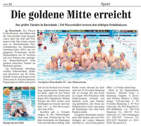Neue Buxtehuder Wochenblatt vom 12. September 2015: Die goldene Mitte erreicht. Das größte Turnier in Buxtehude/350 Wasserballer trotzen den widrigen Verhältnissen