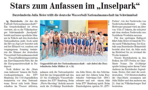 Buxtehuderin Julia Meier trifft die deutsche Wasserball-Nationalmannschaft im Schwimmbad
