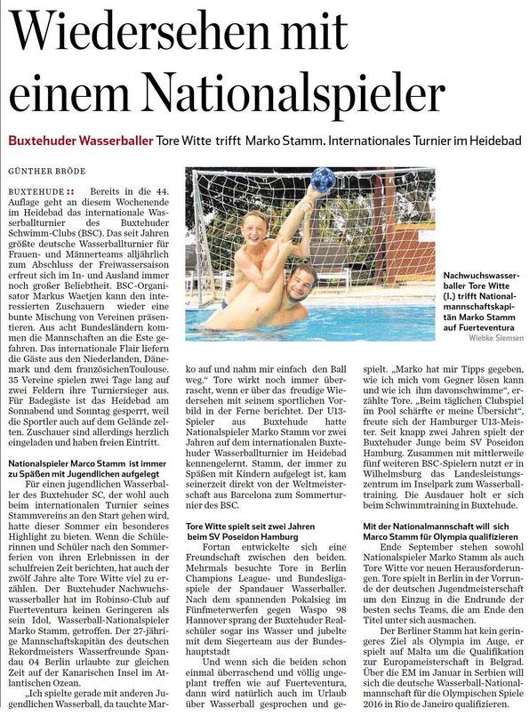 Hamburger Abendblatt vom 3. September 2015: Nachwuchswasserballer Tore Witte trifft Nationalmannschaftskapitän Marko Stamm auf Fuerteventura.