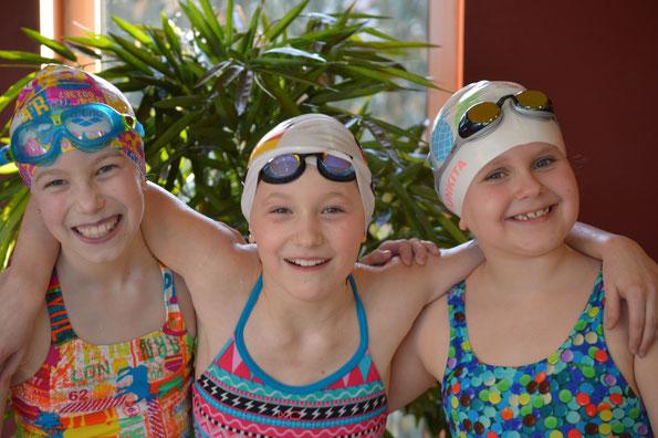 Drei die Spaß hatten: Klara Lawaczek, Pauline Haase und Lotte Fieger beim Mehrkampf in Nienhagen
