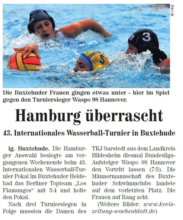 Hamburg überrascht.  43. internationales Wasserballturnier in Buxtehude