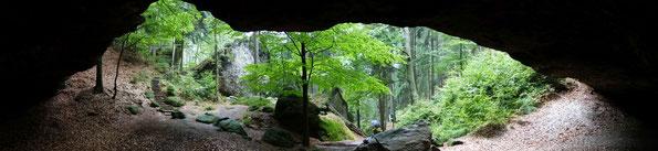Blick aus der Hickelhöhle im Großen Zschand, Sächsische Schweiz