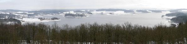 Blick vom Mosenturm auf die Talsperre Pöhl am Neujahrstag 2015