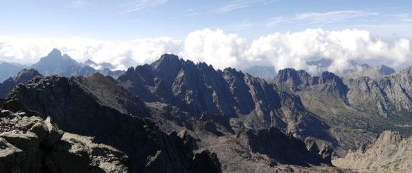 Blick vom Monte Cinto (2706 m) / Korsika