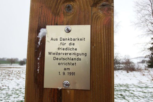 """""""Grenzgang"""" -  eine Wanderung im April an der ehemaligen Deutsch - Deutschen Grenze zu Bayern"""