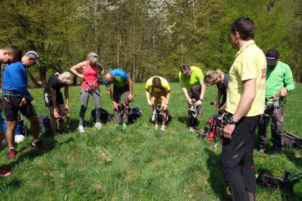 Grundkurs Felsklettern der DAV Sektion Plauen-Vogtland im Steinicht am 21.04.2018
