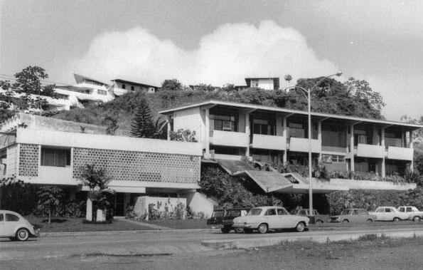Edificio Ateneo de Ciencias y Artes (1956). Sede de la SPIA.