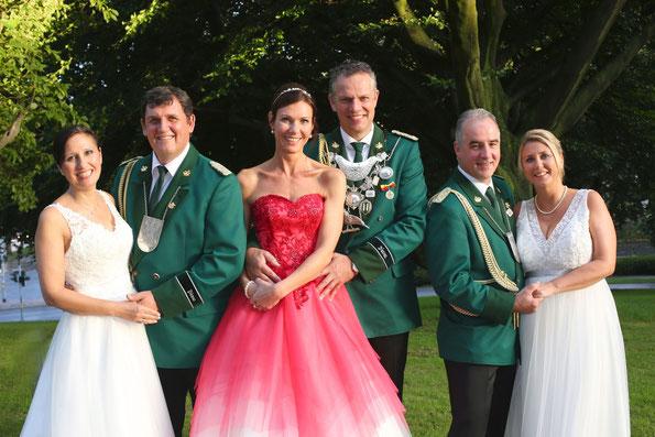 v.l.n.r.: Maria & Udo Lingen, Anja & Stephan Gather, Dirk & Sandra Hansen