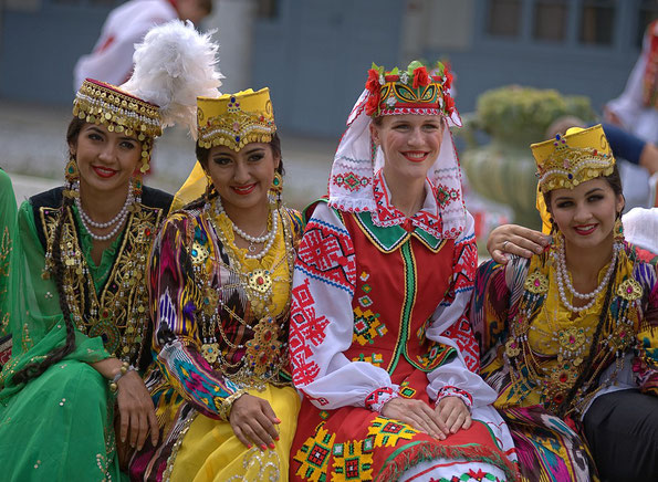 Ensemble SABO de Tachkent -OUZBEKISTAN - & VOLYA - UKRAINE - 2012 - Photo Didier Cauvain