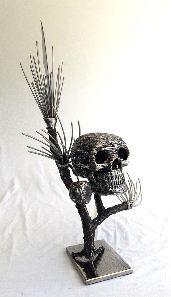 Poids 9Kg Hauteur 66cm largeur60cm  Sculpture Inox