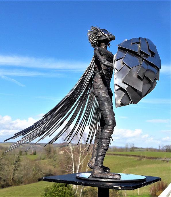 sculpture soudure brut métal Inox 3.850 Kg Hauteur 37cm