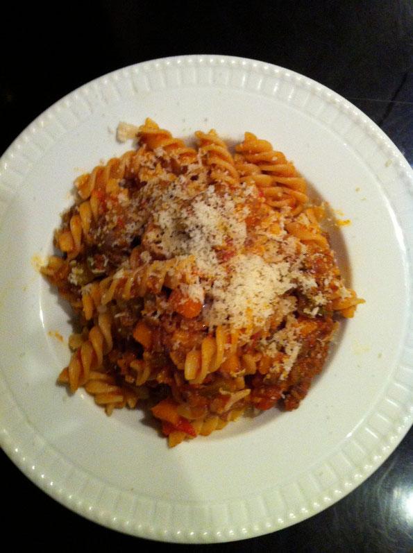 ラグーパスタ トマトソース