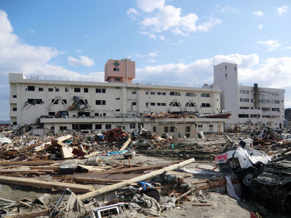 被災した志津川病院(写真:南三陸町)