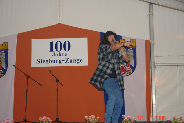 "Bern Kurth als Wolfgang Petry mit ""?"""