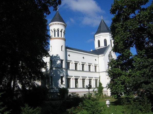 Das Gutshaus (Schloss) Bredenfelde