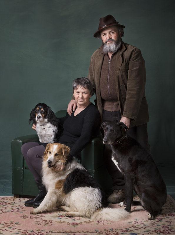 famiglia-cani-ritratto-fondale