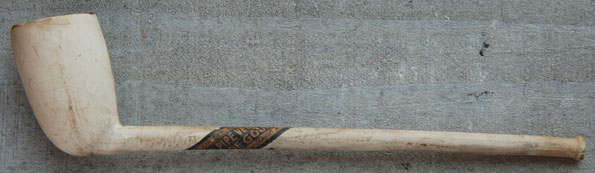 Pipe Veritable de Gouda op de plakker, Van der Want. Hielmerk Fleur de Lis