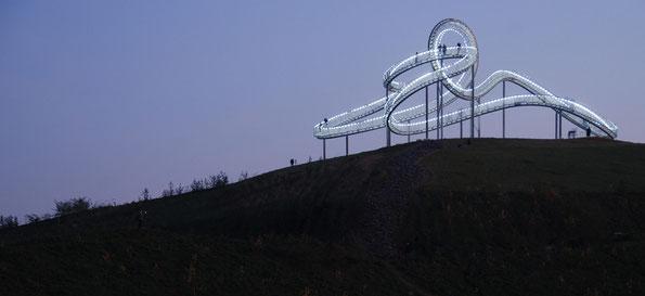 """Die neue Duisburger Landmarke mit großer Strahlkraft: """"Tiger und Turtle"""""""