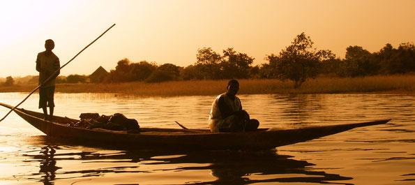 Pirogue à Sélingué (Mali)