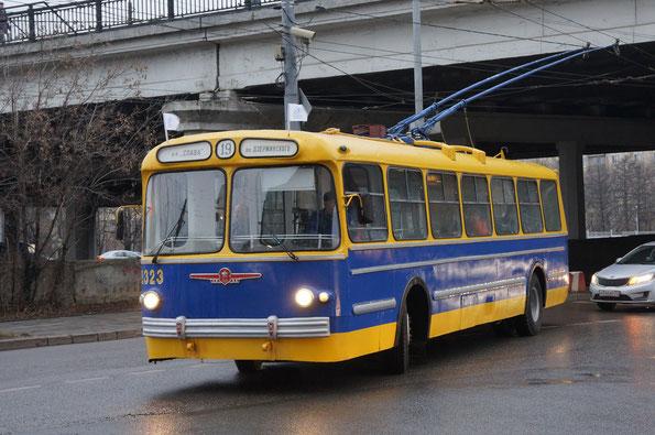 Троллейбус ЗИУ-5, 1961 года. Москва. 16.11.2013