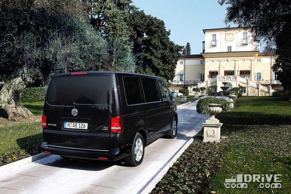 VW Multivan на базе VW T5. Фото фирменное