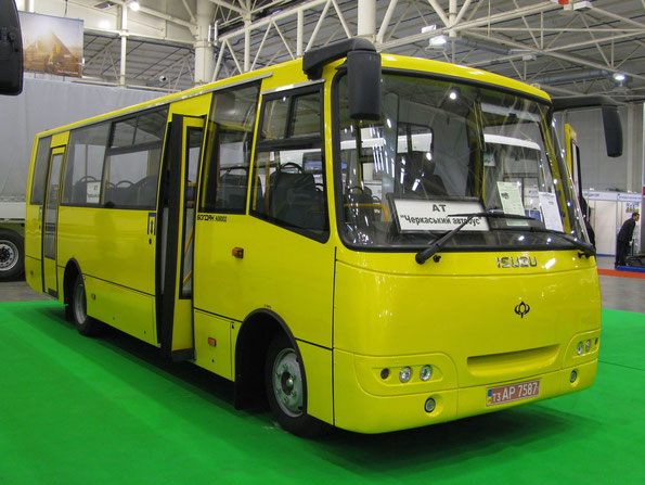 Городской автобус малого класса Богдан A093.02. TIR-2010. Фото Ольги Москалевой